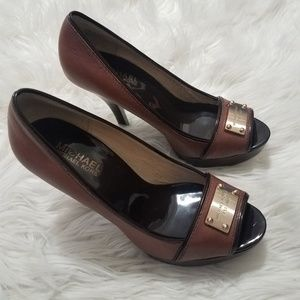Michael Kors Brown Metal Plate Open Toe Heels Sz 7